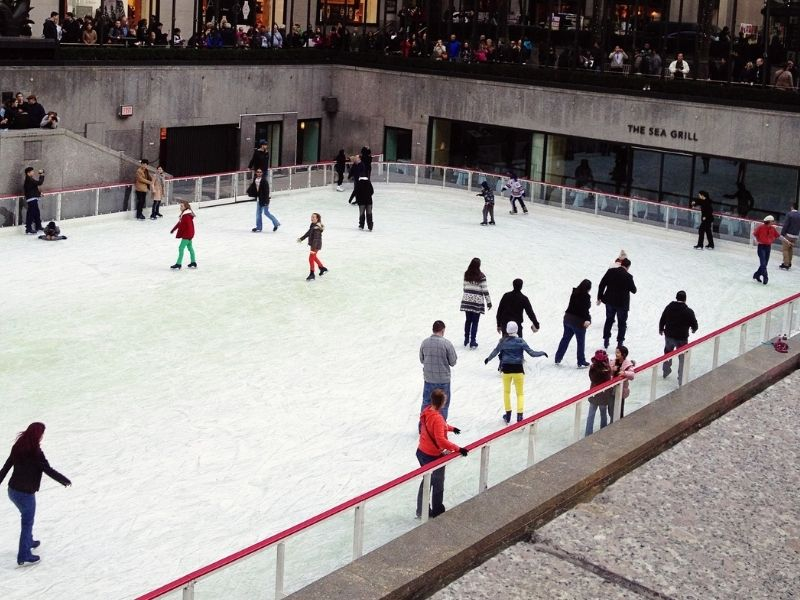 ice skate date rink