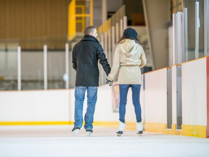 ice skate first date moves